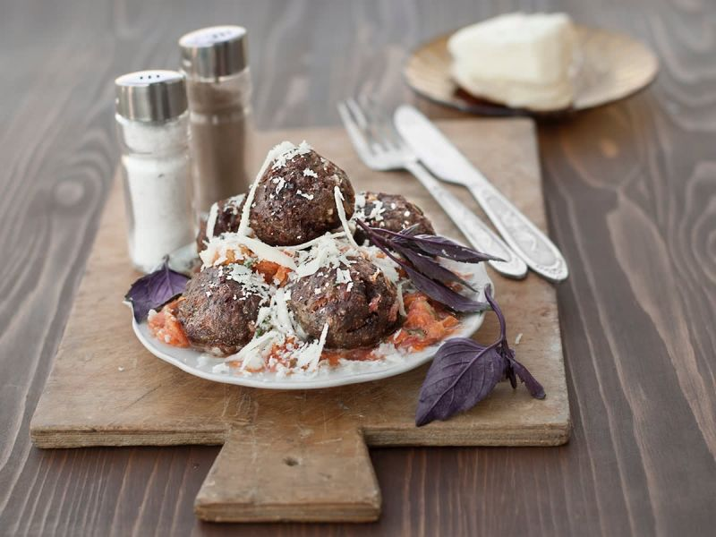Veal and Ricotta Meatballs with vegetables